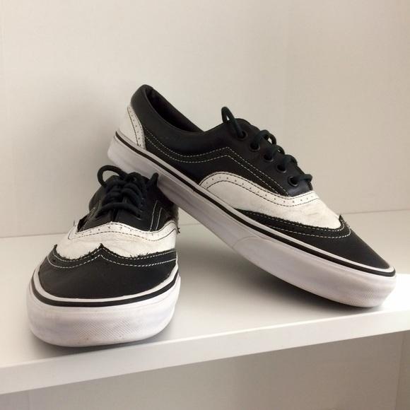 2011 Vans Era Leather Wingtips black and white. M 5a4684108df470938e11aca4 c9ba2c526